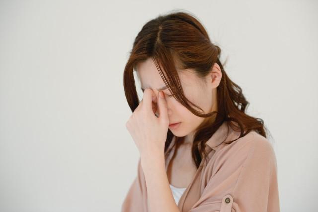 頭痛 女性
